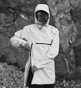 V series Raw Anorak, Soft White