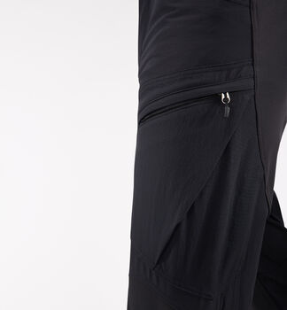 Rugged Mountain Pant Men, True Black Solid Short